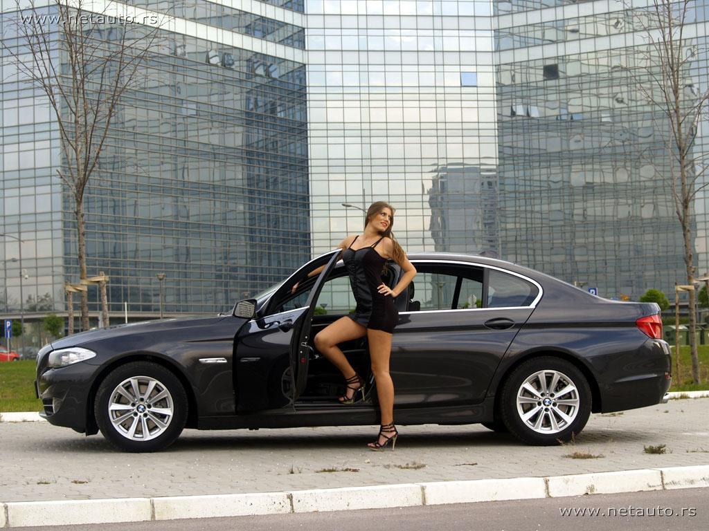 BMW-5-Series_11